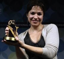 Betina González, Premio Tusquets de Novela por 'Las Poseídas'