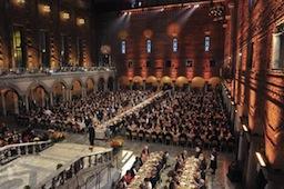 Una defensa de la literatura y un vino español en el banquete de los Nobel