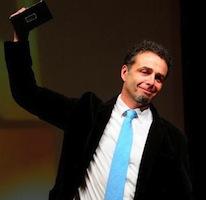 """Fabián Martínez Siccardi, Premio Clarín de Novela con """"Bestias afuera"""""""