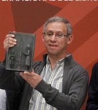 Antonio Malpica recibe el Premio SM de Literatura Infantil y Juvenil