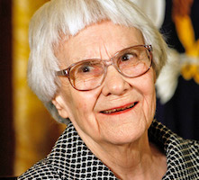 Muere Harper Lee