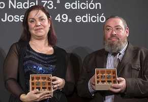 """Care Santos gana el Premio Nadal con la novela """"Media Vida"""""""