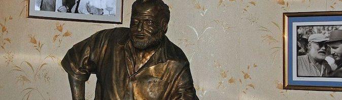 17 escritores homenajeados lejos de su casa